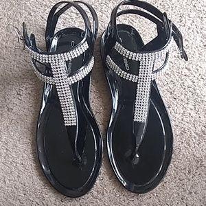 NWOT Bling sandals